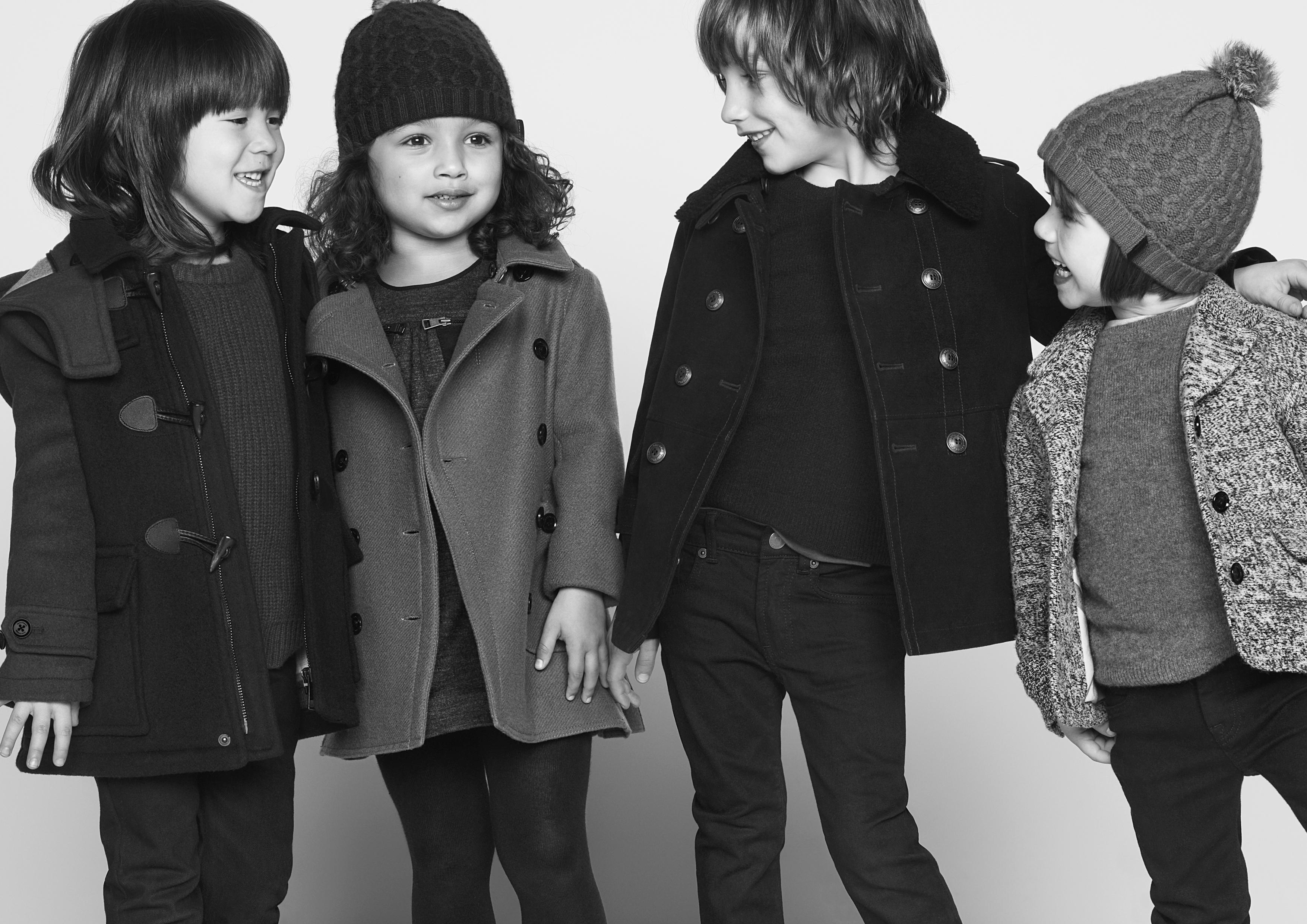DigInPix Entity Burberry - Pret a porter enfant