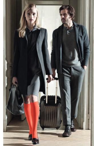 item m6 des chaussettes et collants qui rendent les jambes l g res luxsure. Black Bedroom Furniture Sets. Home Design Ideas
