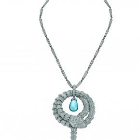 Bulgari fait don d'un somptueux collier Serpenti Haute Joaillerie au profit de l'amfAR