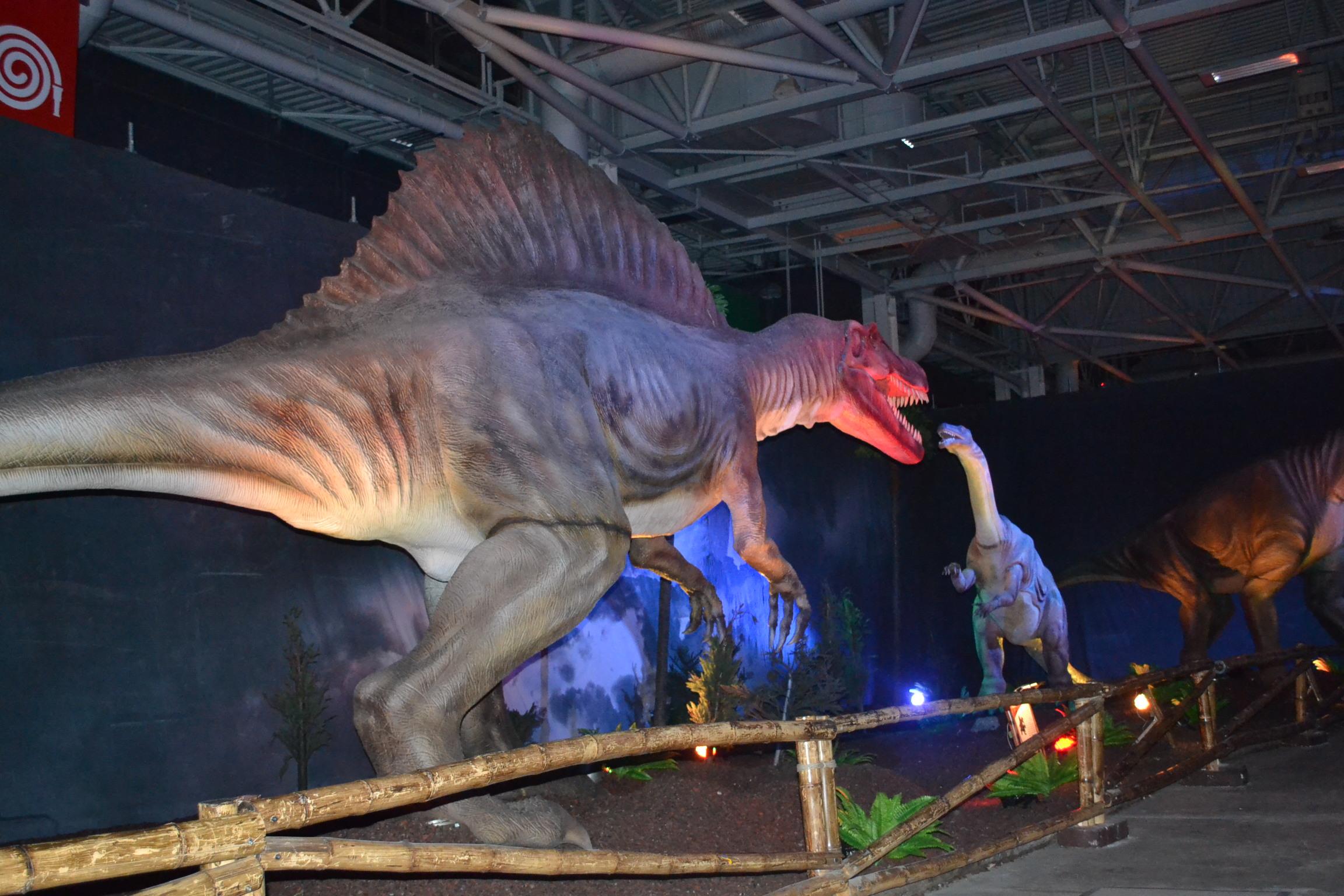 Les dinosaures d barquent porte de versailles luxsure - Porte de versailles animaux ...