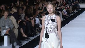Giambattista Valli – Collection Printemps/été 2015 à Paris
