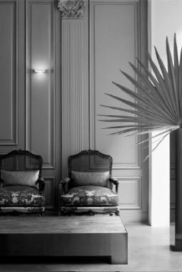 portrait de guillaume alan d corateur d 39 int rieur luxsure. Black Bedroom Furniture Sets. Home Design Ideas