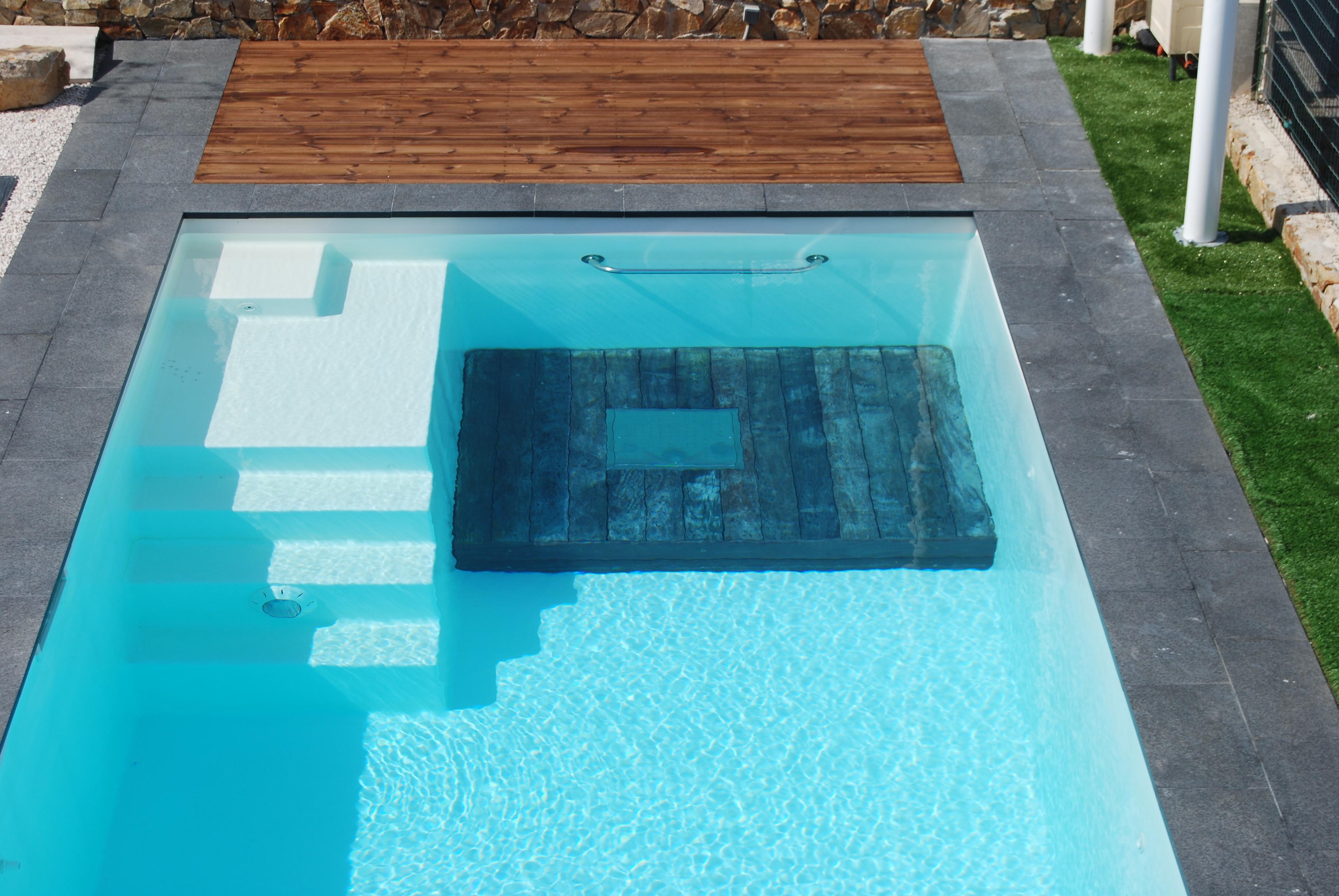 La nouvelle gamme de piscine sport bien tre par - Piscine inox tarif ...