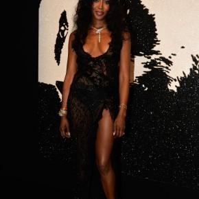 La parure Bulgari de Naomi Campbell : brillance sauvage.