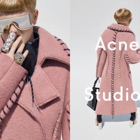 Acne Studios : un petit garçon de 11 ans comme égérie.