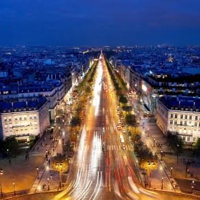 Les Champs-Elysées restent l'artère la plus chère d'Europe, mais Londres rattrape son retard
