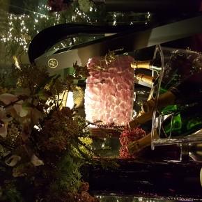 L'Hôtel du Collectionneur et sa Bulle Florale signée Sia et Leonard Paris prolongent l'aventure