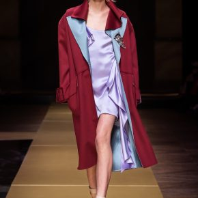 Collection automne 2016 : L'élégante sophistication de Versace