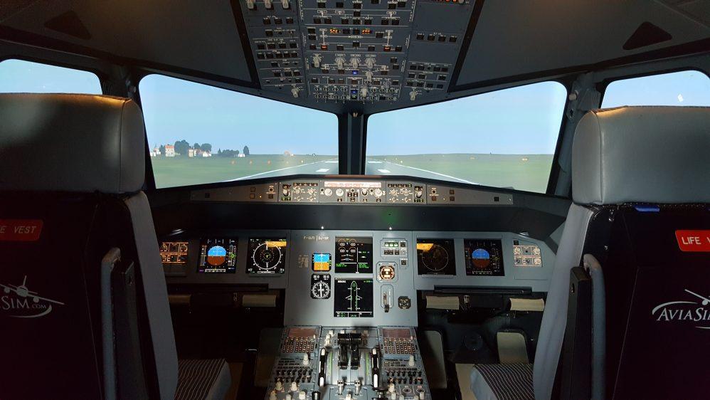 AviaSim innove et ouvre un nouveau simulateur de vol en Hélicoptère