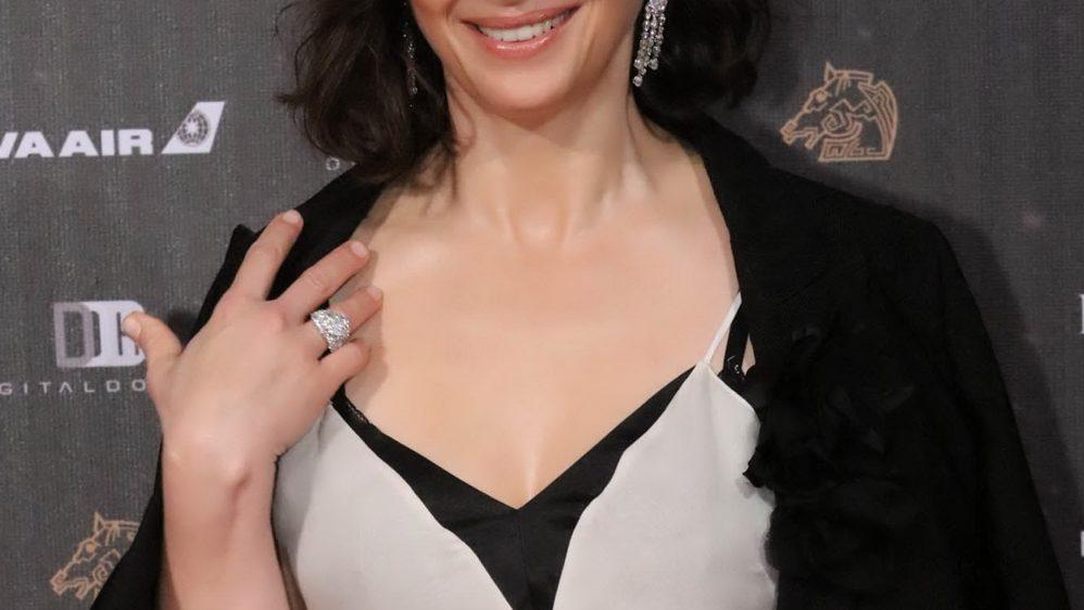 Juliette Binoche brille en Piaget au 53ème Golden Horse Awards