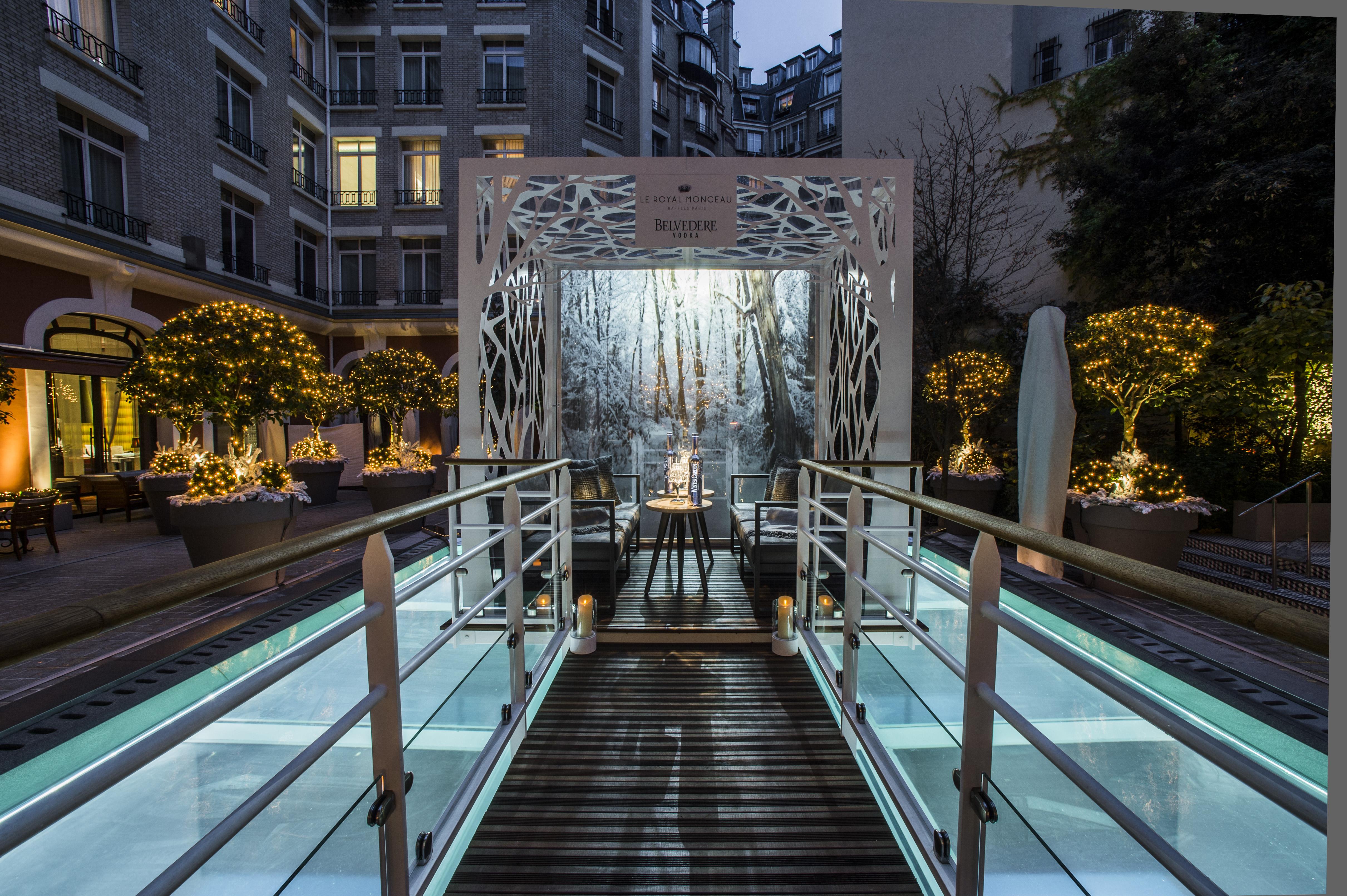 Mode archives luxsure for Restaurant le jardin royal monceau