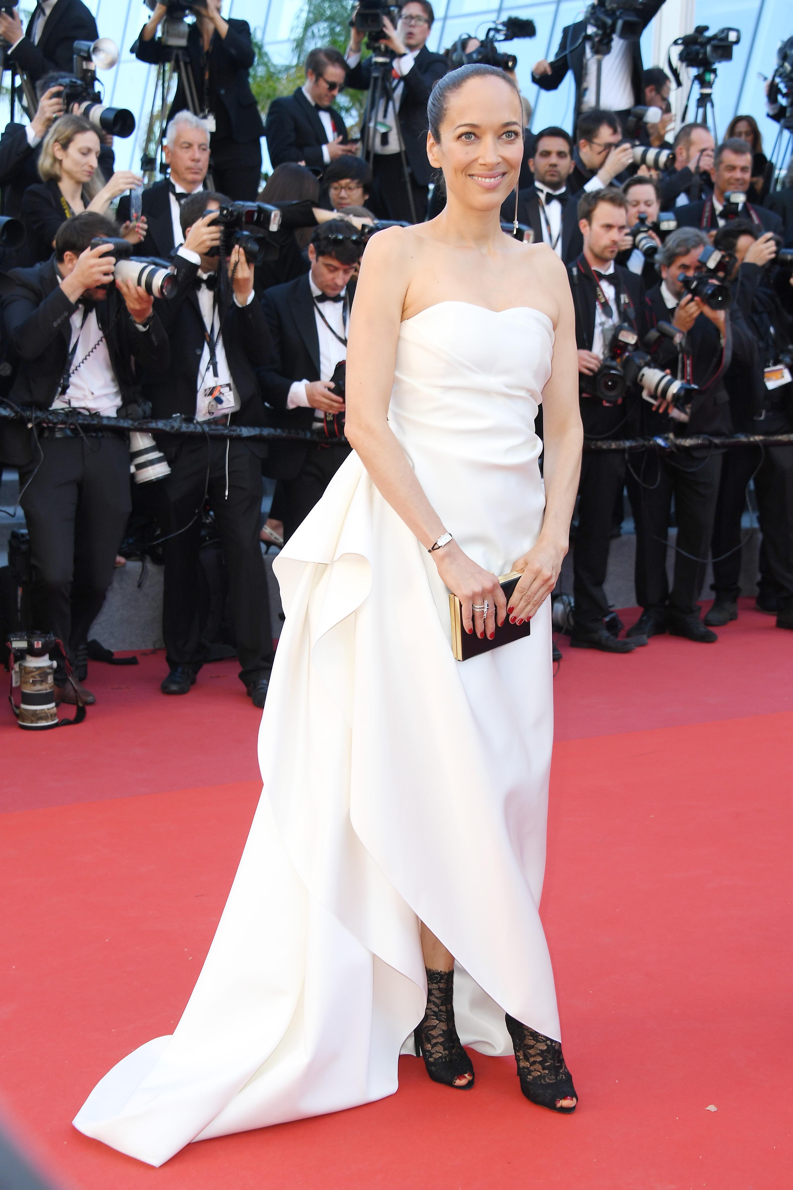 Jaeger-LeCoultre: Carmen Chaplin à Cannes avec une montre Reverso Cordonnet