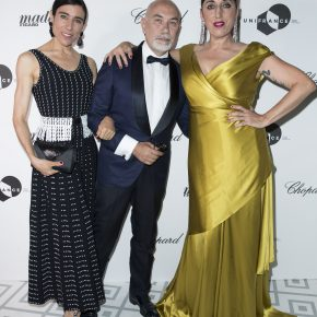 "BIANCA LI WEARS SWAROVSKI CLUTCH AND ATELIER SWAROVSKI BY JASON WU EARRINGS TO THE MADAME FIGARO ""CANNES FRENCH PARTY"""