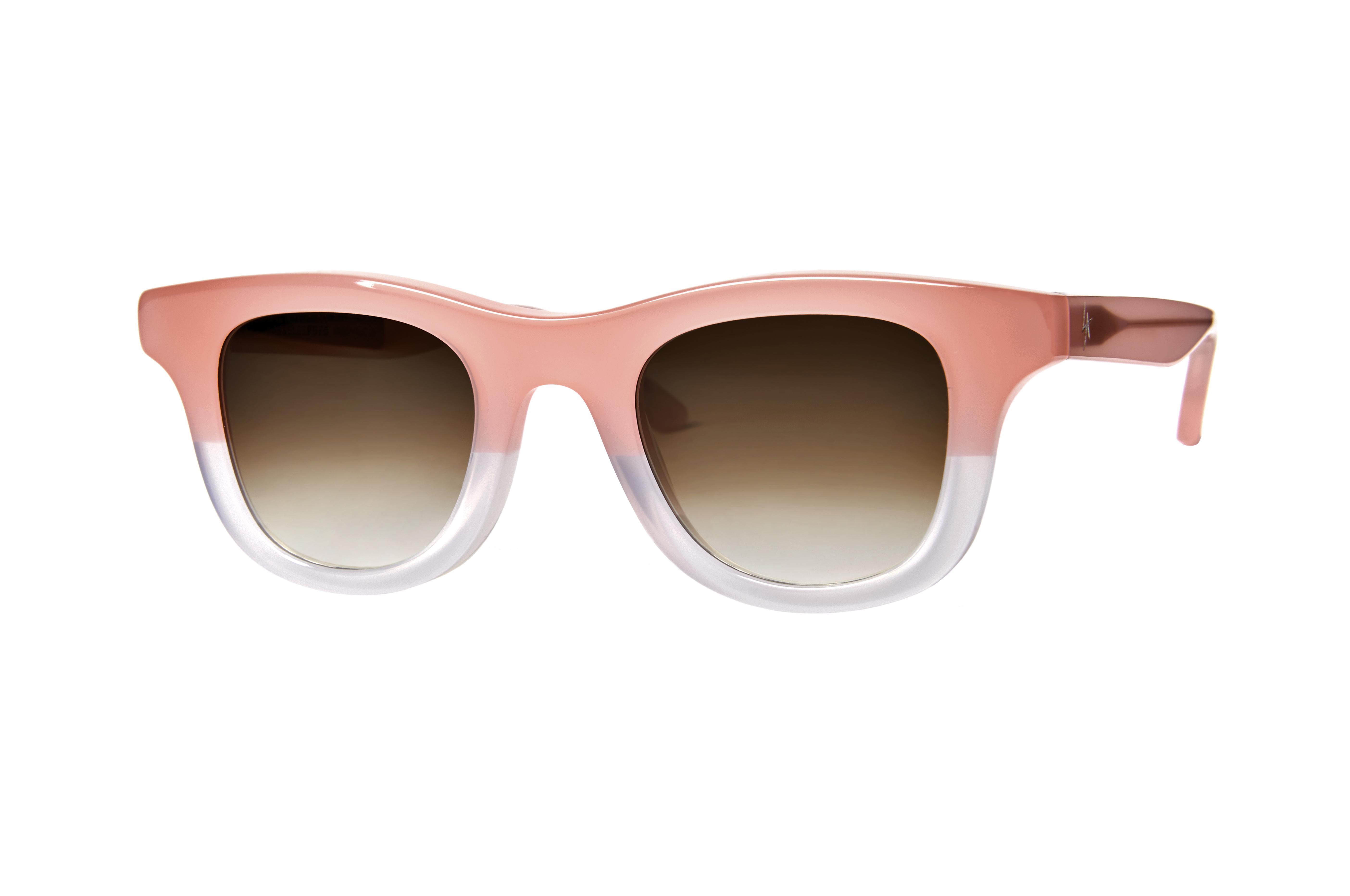 77cb17da6ce Les lunettes de soleil issues de la collaborations ont proposées en 4  coloris